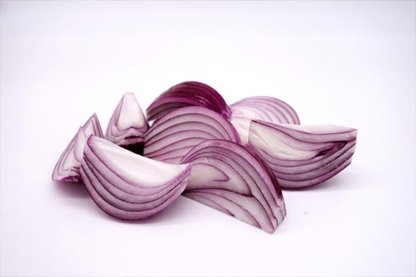 peeled red onion sliced