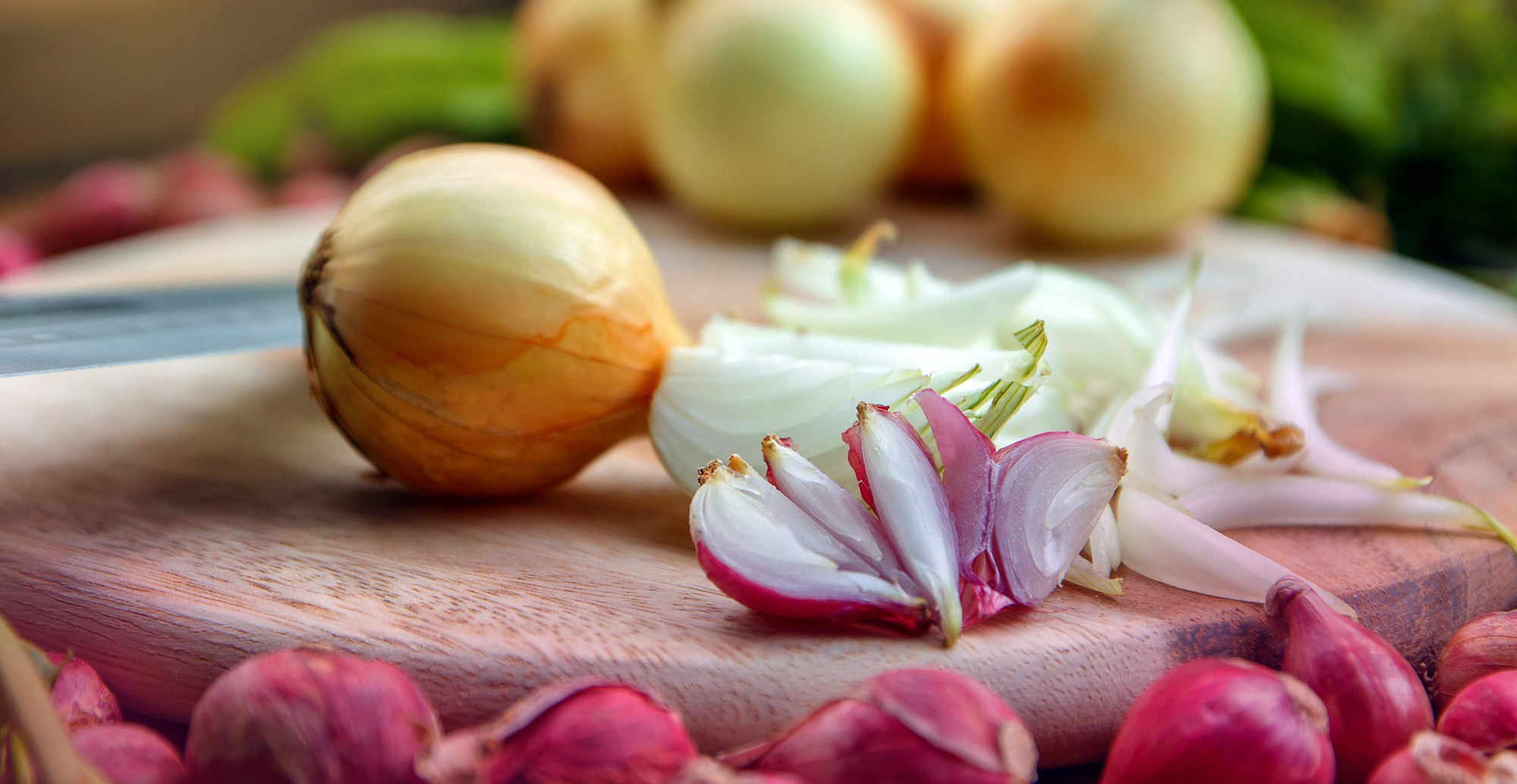 Bizzare facts & the history of onions